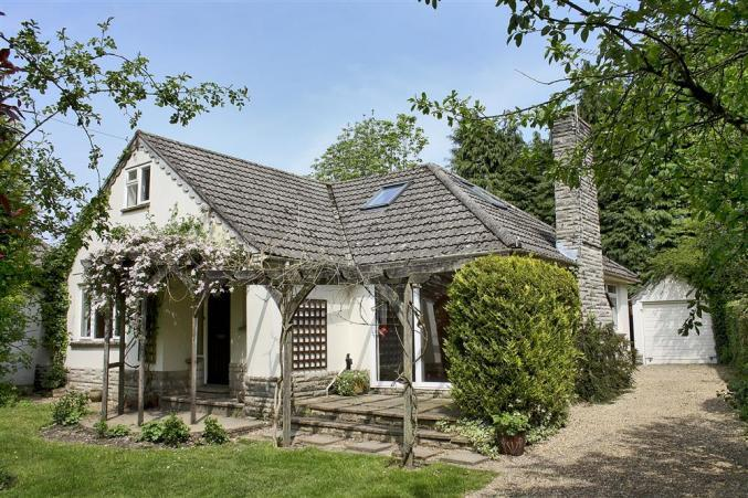 The Bumbles a holiday cottage rental for 6 in Burley,