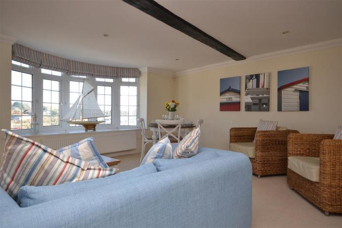 10 Admirals Court a holiday cottage rental for 2 in Lymington,