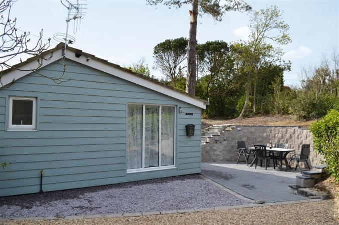 Figtree Cottage a holiday cottage rental for 2 in Milford on Sea,