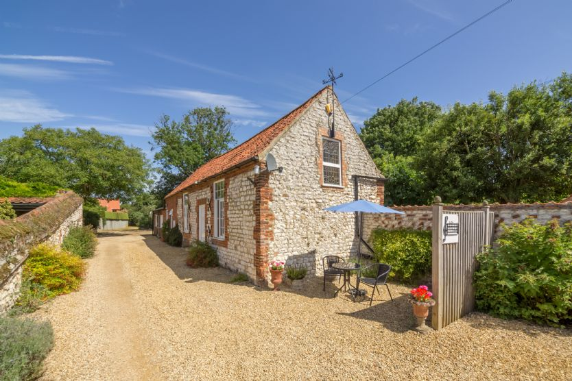 The Music Room a holiday cottage rental for 2 in Thornham,