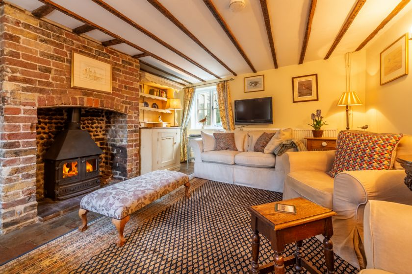 Pear Tree Cottage (B) a holiday cottage rental for 4 in Blakeney,
