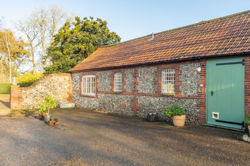 Image of Garden Cottage (ER)