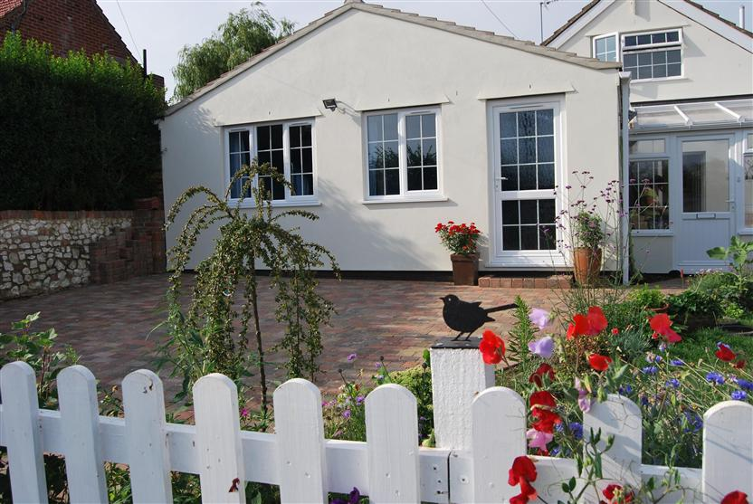 Little Lammas a holiday cottage rental for 2 in Ringstead,