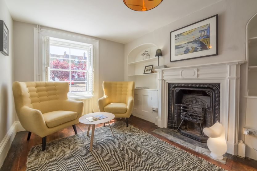 Seawood House a holiday cottage rental for 8 in Wells-next-the-Sea,