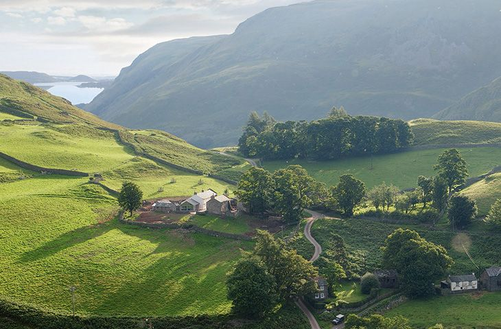Hause Hall Farm a holiday cottage rental for 10 in Hallin Fell,