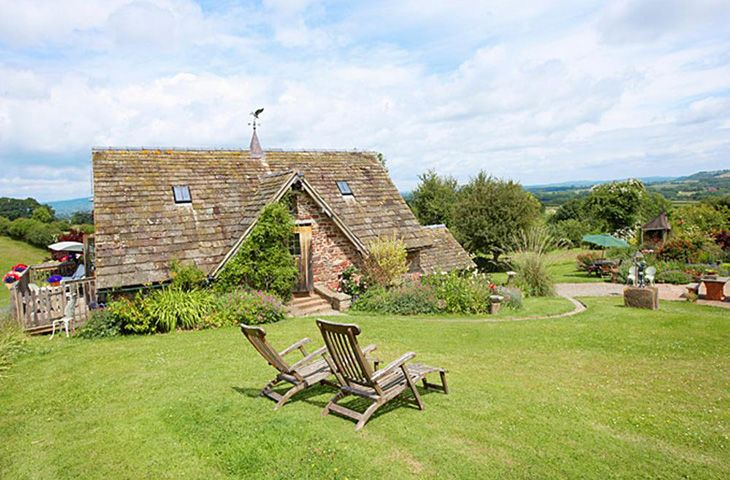Coach House a holiday cottage rental for 2 in Fishpools,