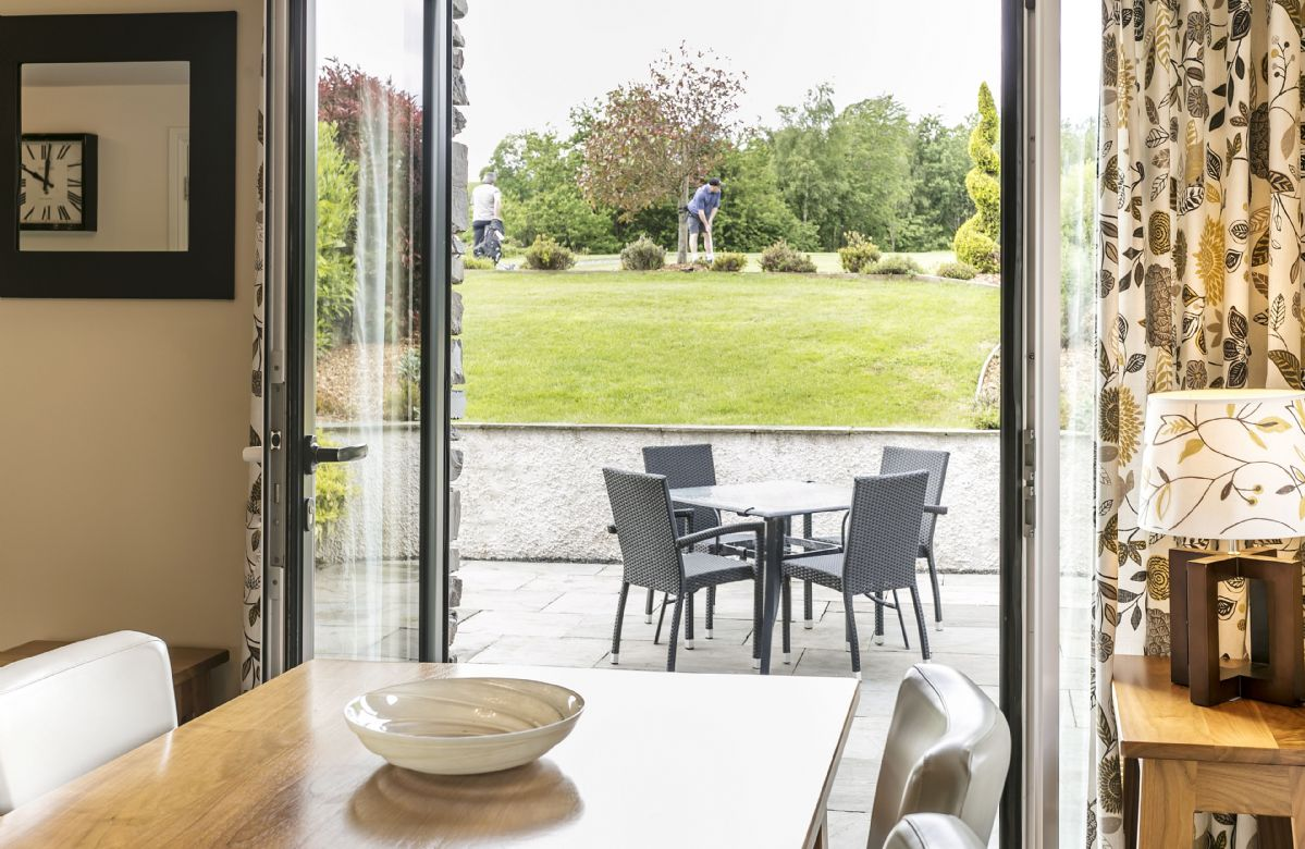 The Golf Apartment a holiday cottage rental for 4 in Burneside,