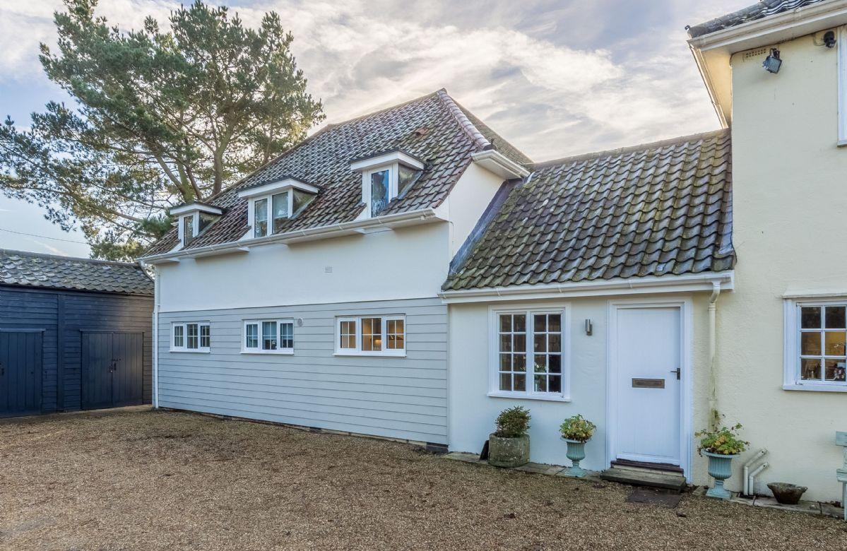 Marsh Lodge a holiday cottage rental for 4 in Aldeburgh,