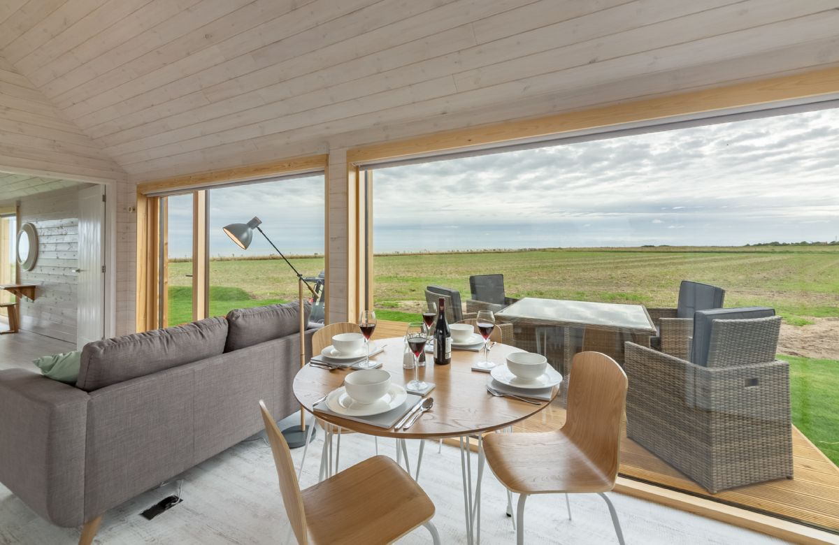The Watch Room a holiday cottage rental for 4 in Reydon,