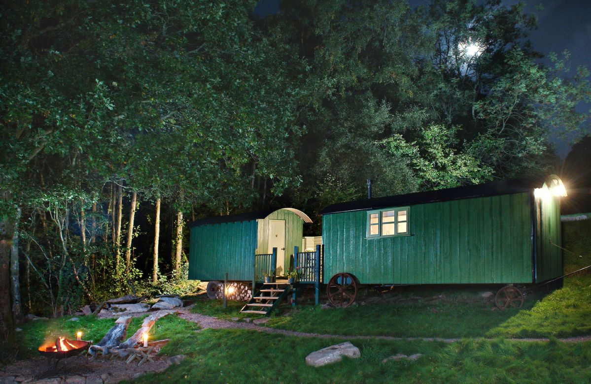 Anne's Hut a holiday cottage rental for 2 in Penterry,