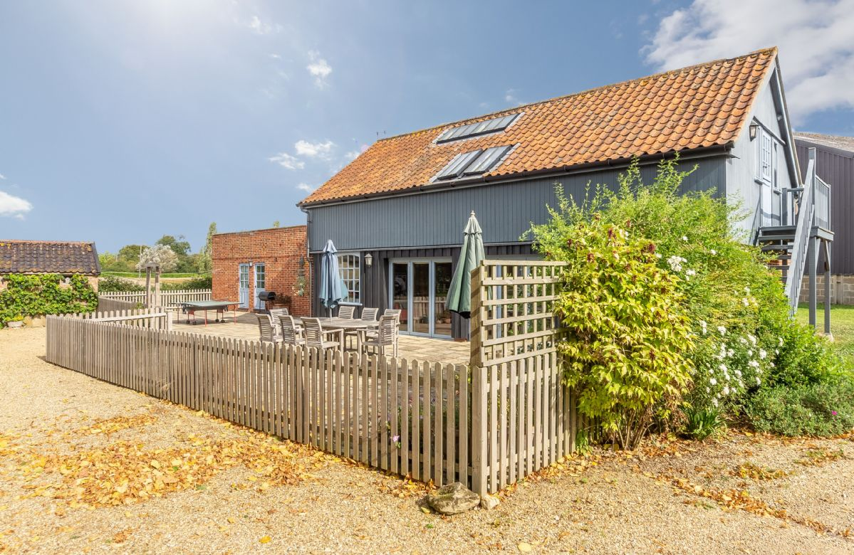 The Granary a holiday cottage rental for 6 in Hacheston,