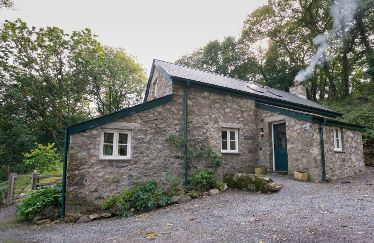 Bryn Derw a holiday cottage rental for 4 in Bodnant Estate,