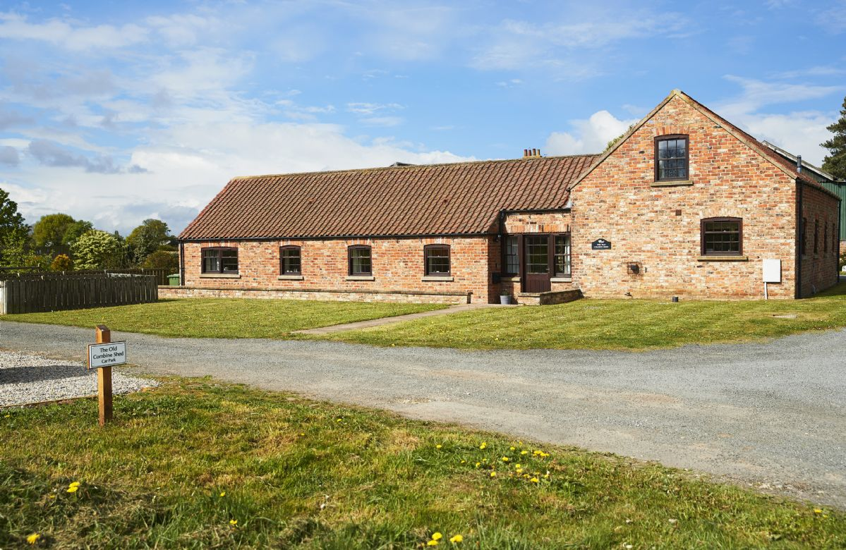 The Old Combine Shed a holiday cottage rental for 7 in Blackwoods,