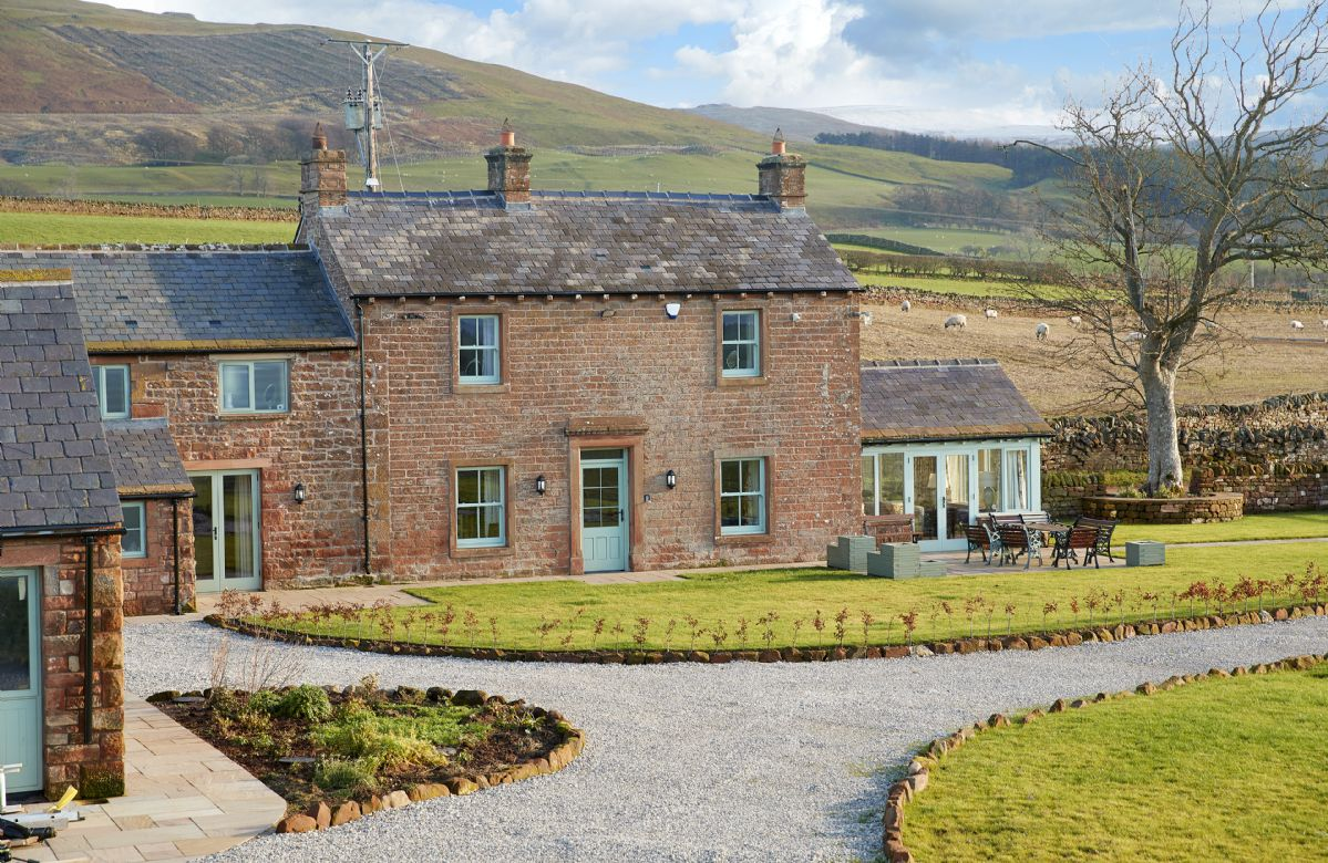 Todd Hills Hall Farmhouse and Vale Croft a holiday cottage rental for 14 in Melmerby,