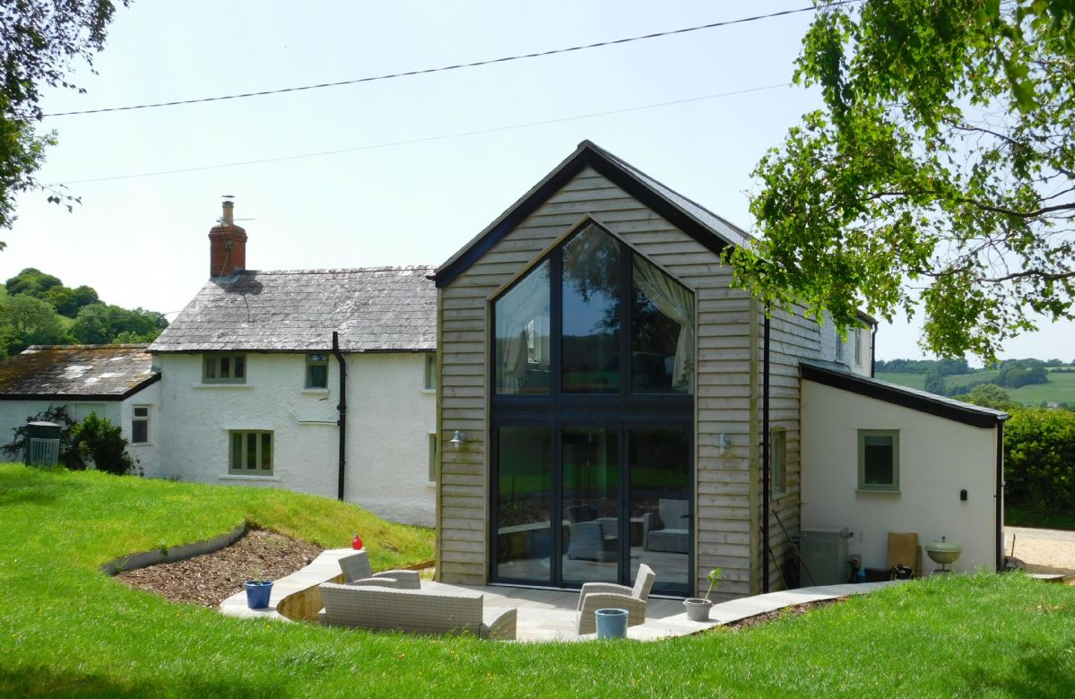 Oak Tree Cottage a holiday cottage rental for 7 in Batcombe,