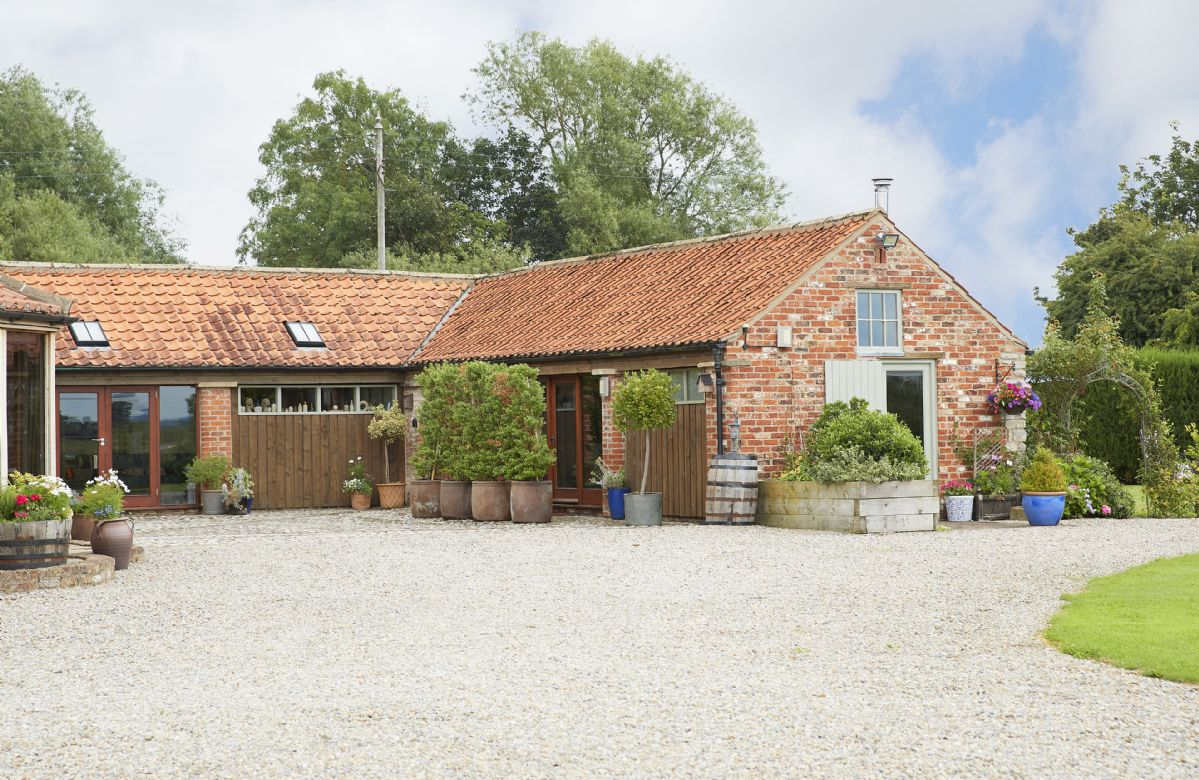 Hendricks Hollow a holiday cottage rental for 2 in Normanby,