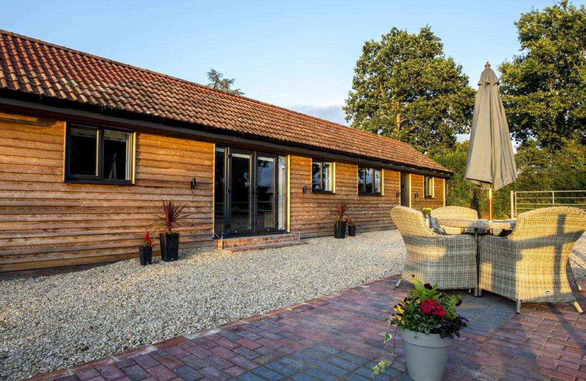 Oak Tree Barn a holiday cottage rental for 4 in Westbury,