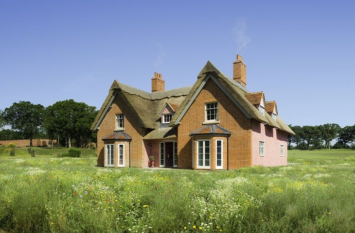 The Farmhouse a holiday cottage rental for 12 in Sibton Park,