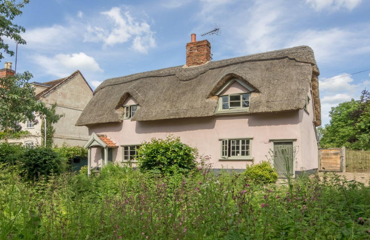 Gardener's Cottage a holiday cottage rental for 4 in Thornham Magna,