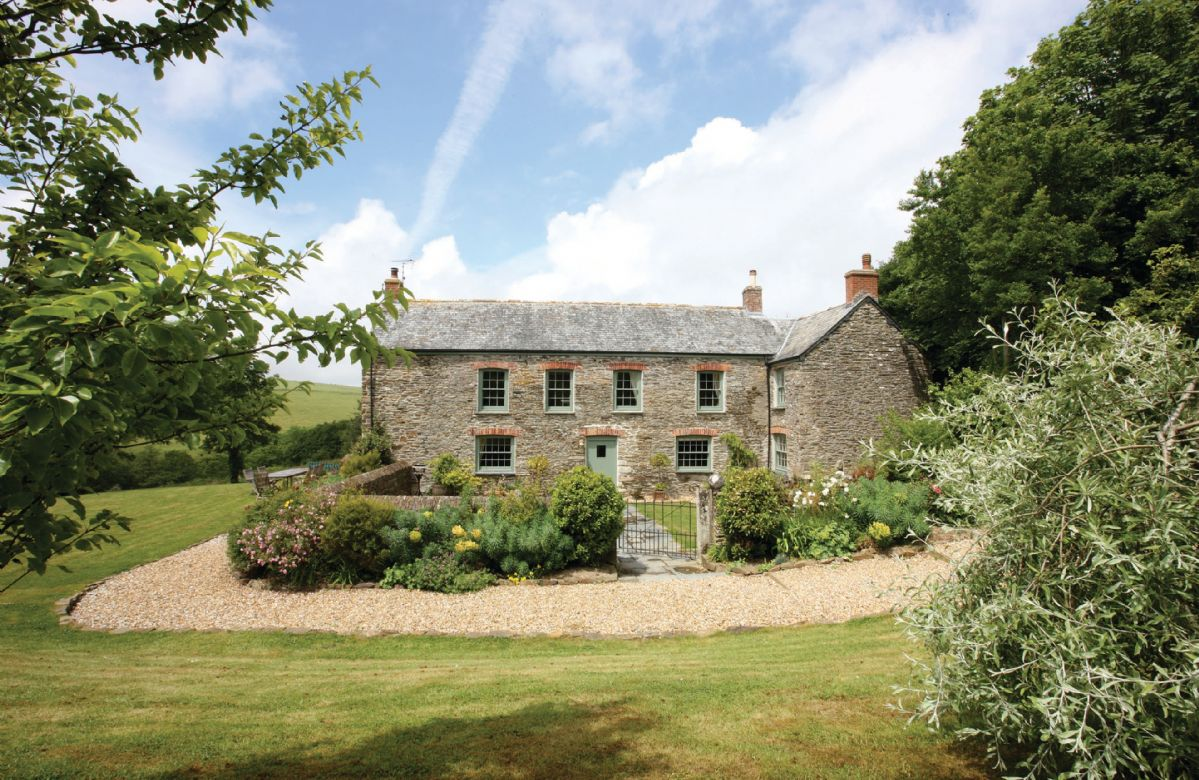 Trencreek Farmhouse a holiday cottage rental for 10 in Tregony,