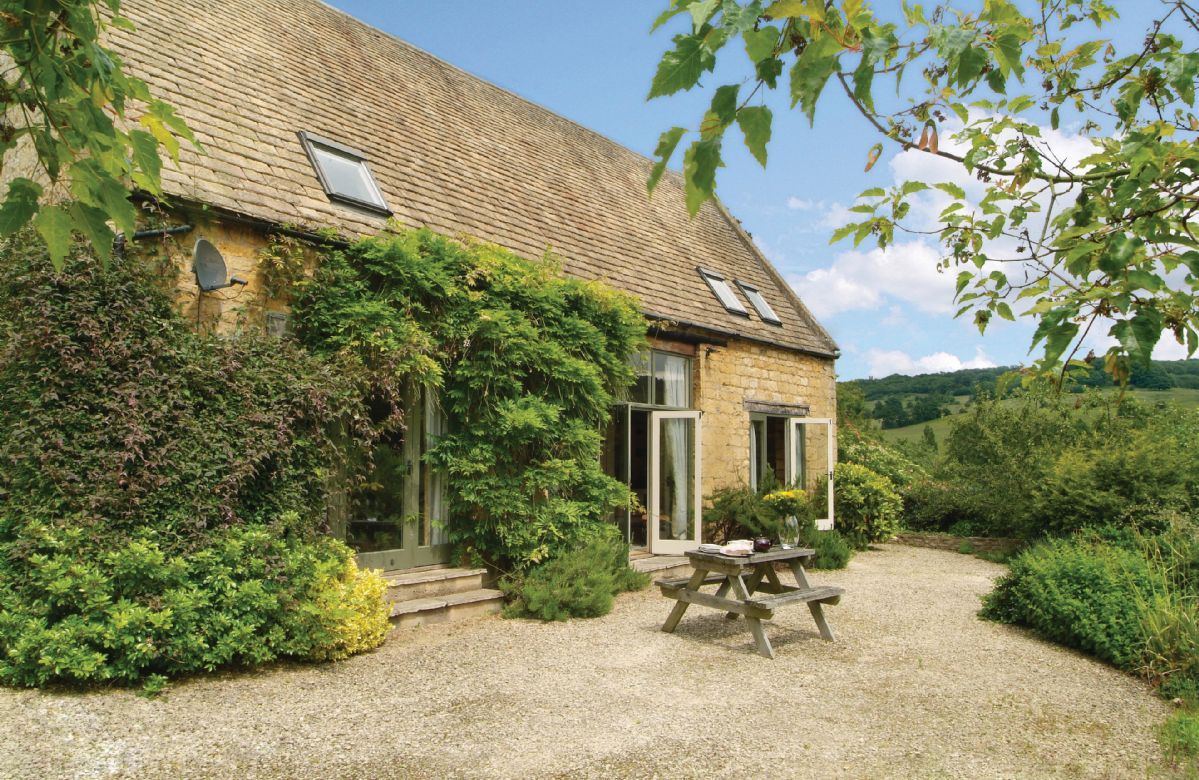 Buckland Wood Barn a holiday cottage rental for 4 in Broadway,