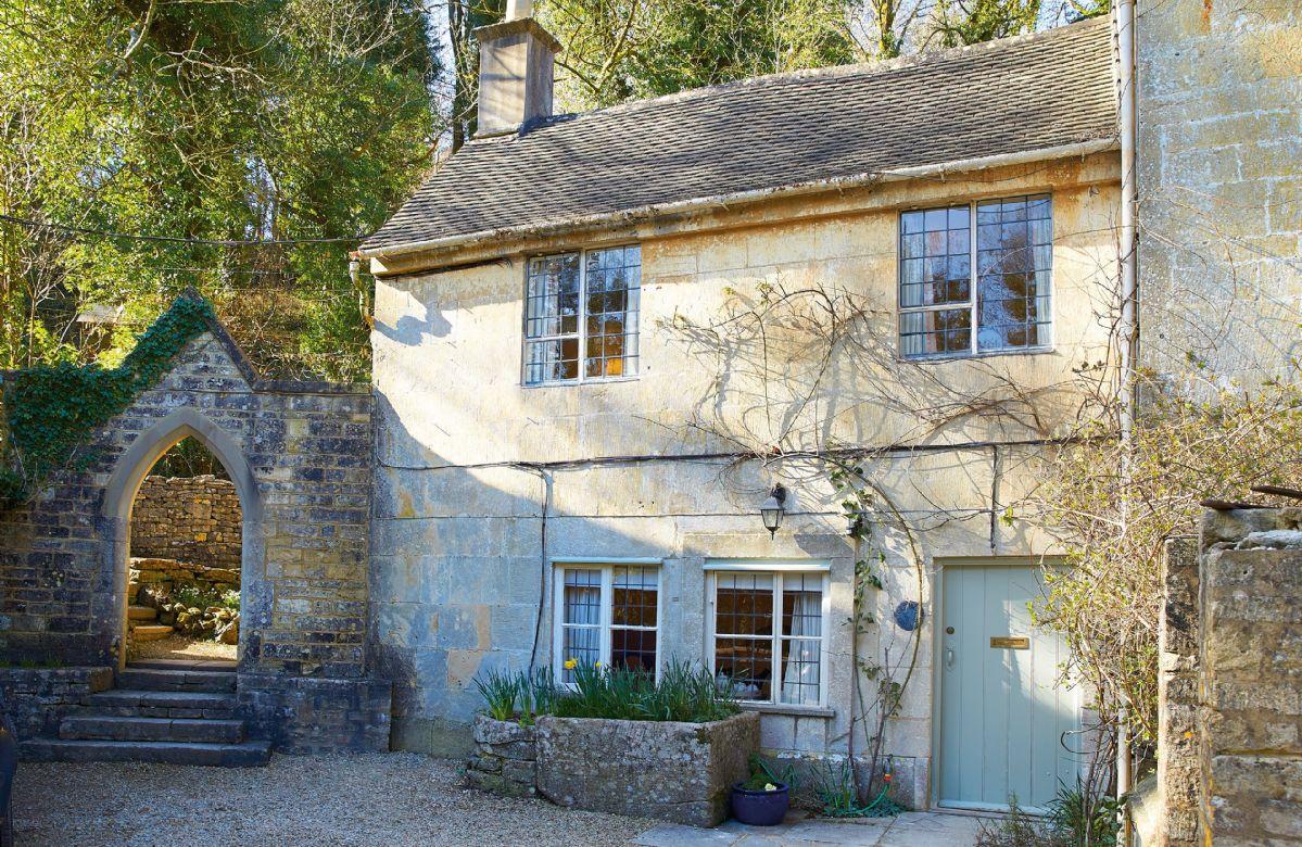 Image of October Cottage