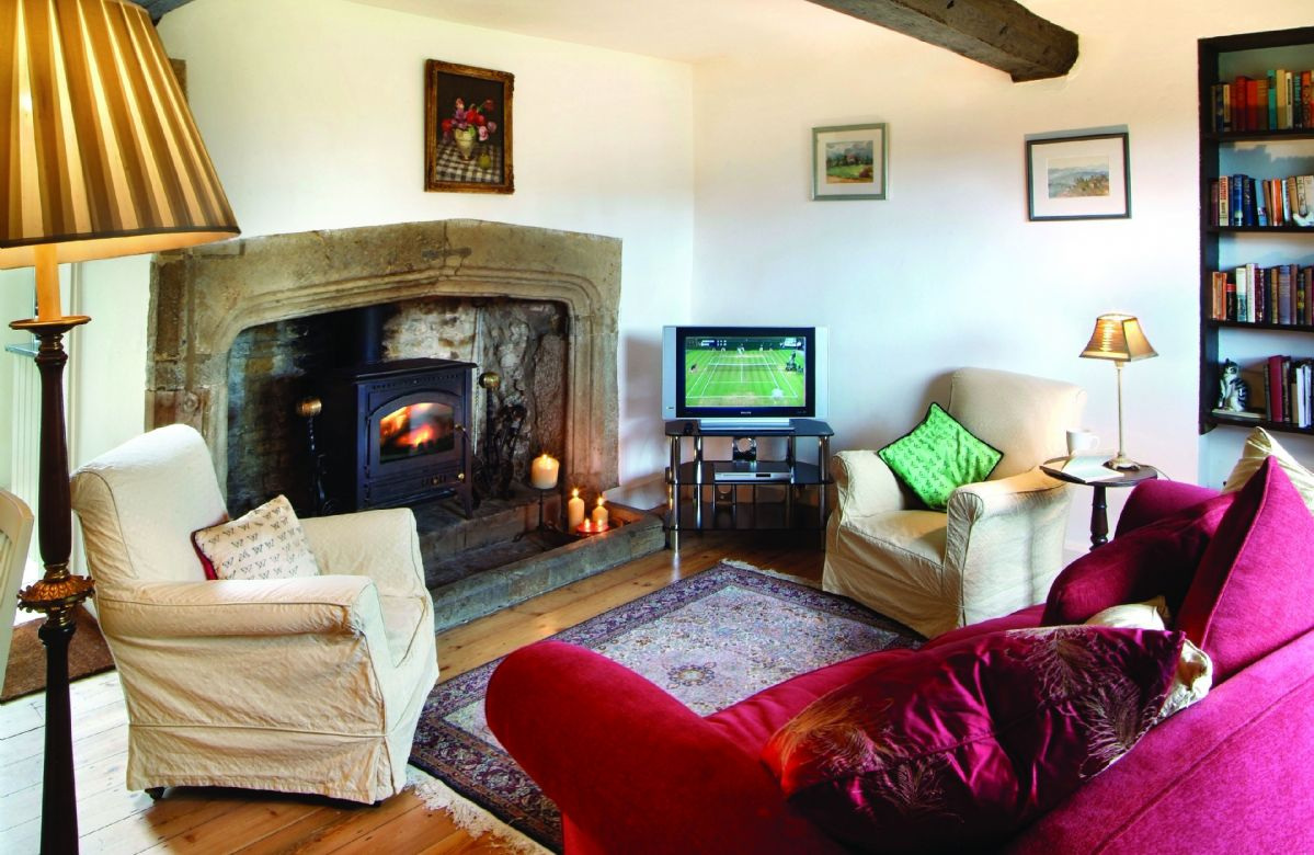 Tudor End a holiday cottage rental for 4 in Kings Sutton,