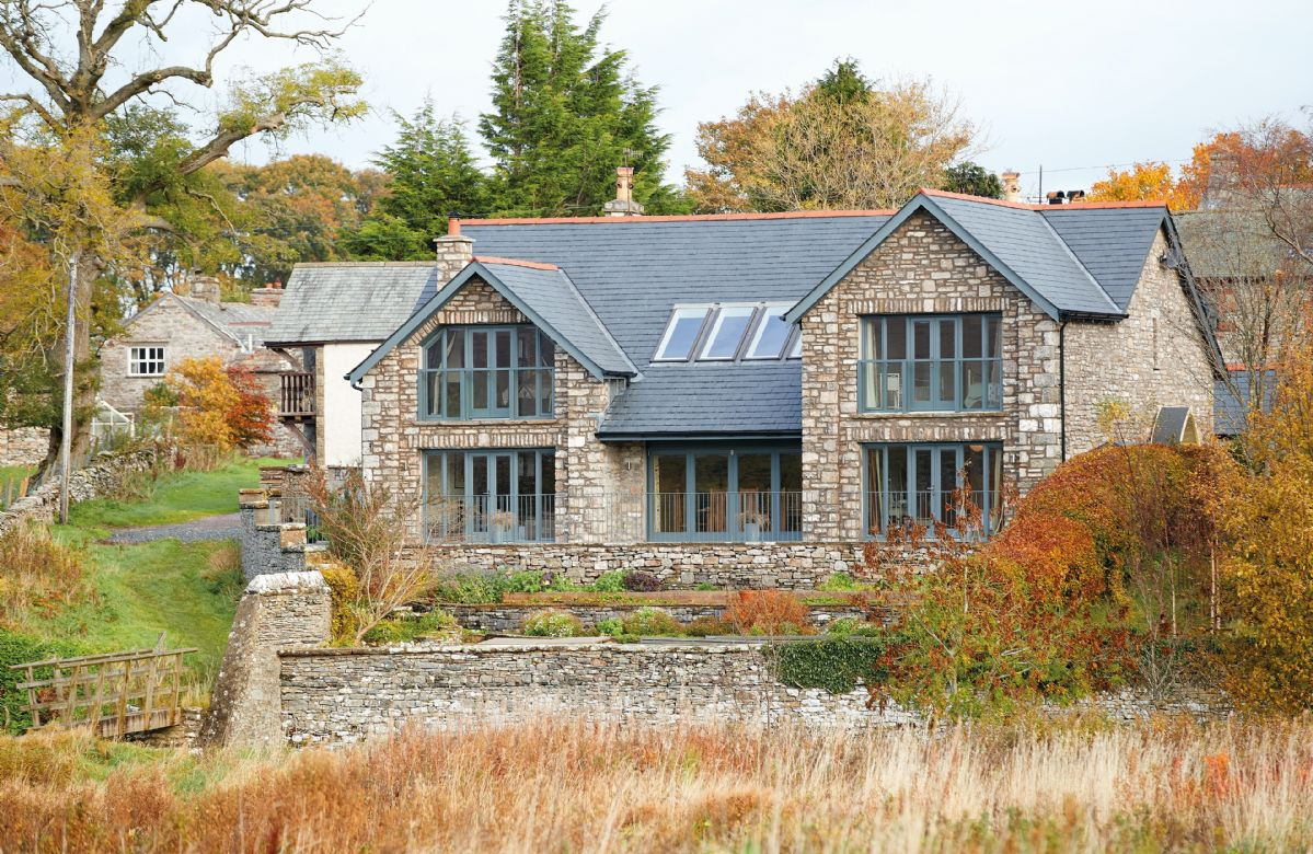 Weathertop House a holiday cottage rental for 7 in Kirkby Stephen,