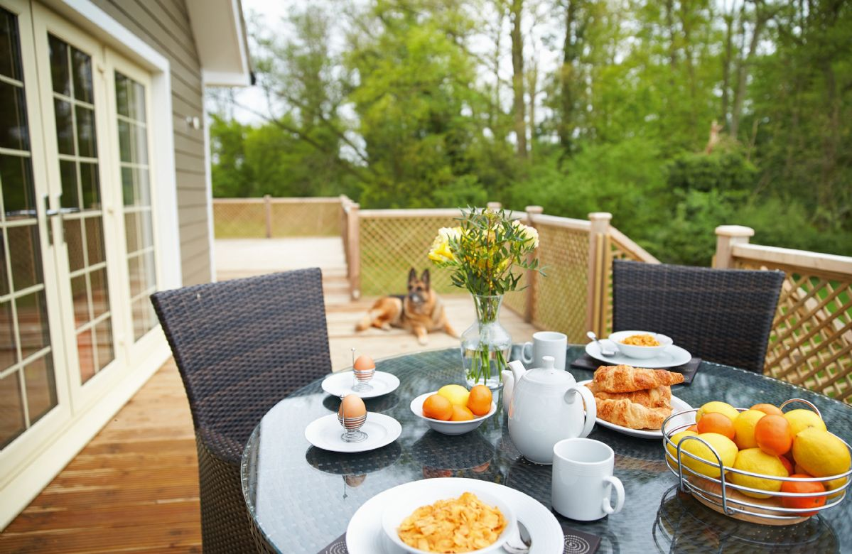 Brook Lodge a holiday cottage rental for 2 in Wakes Colne,
