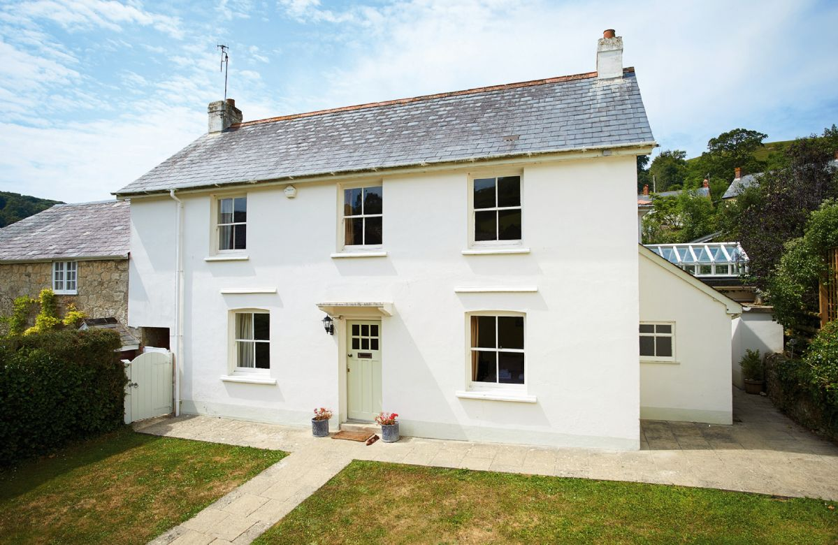 Hamilton House a holiday cottage rental for 8 in Branscombe,