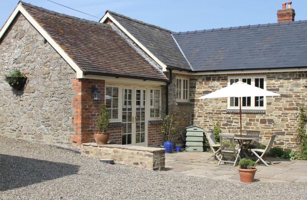 Blacksmiths Cottage a holiday cottage rental for 2 in Boresford,