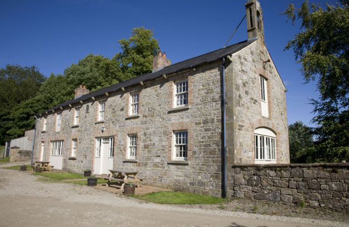 Coach House 2 a holiday cottage rental for 4 in Belle Isle Estate,