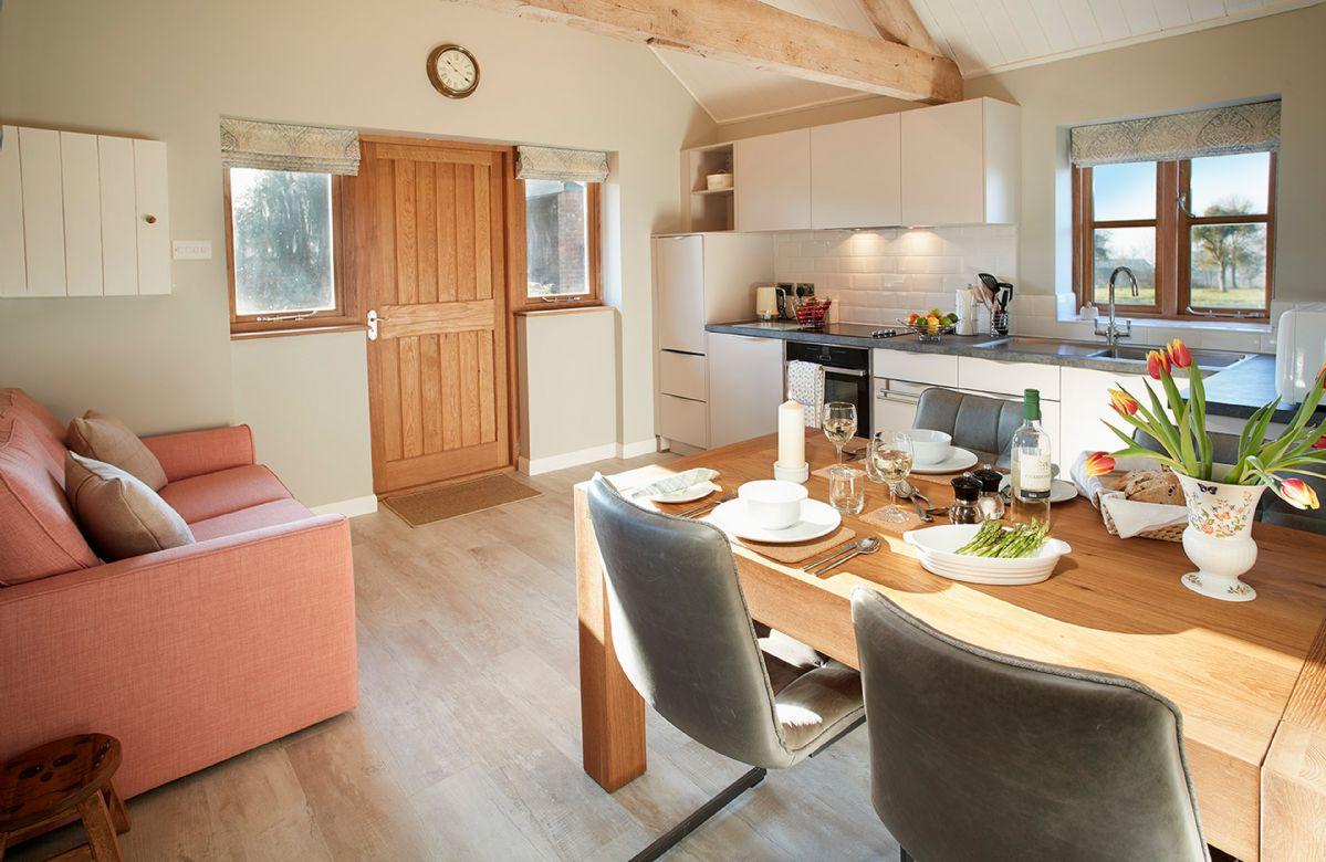 Little Owls Barn a holiday cottage rental for 2 in Preston Wynne,