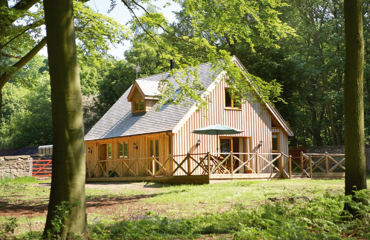 Deerpark Lodge a holiday cottage rental for 6 in Staunton Harold,