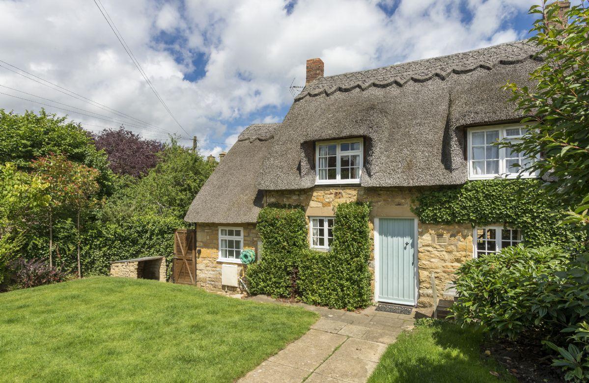 Harrowby End a holiday cottage rental for 4 in Ebrington,