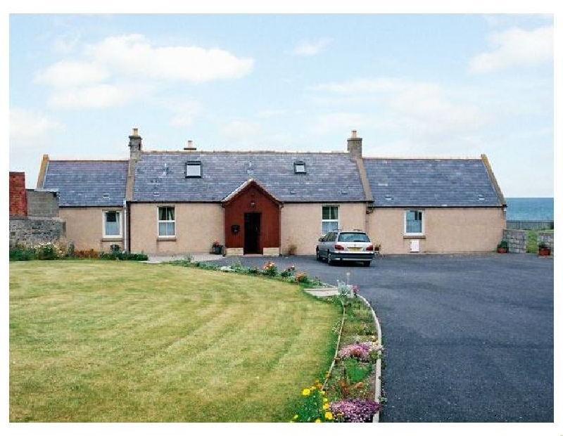 Braehead Croft a holiday cottage rental for 6 in Portessie,