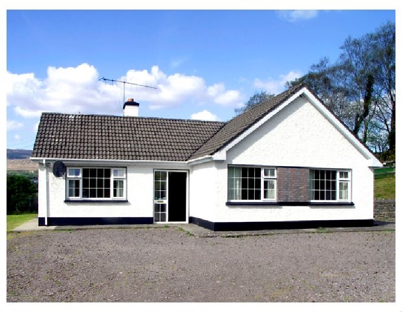Droumatouk Cottage a holiday cottage rental for 5 in Kenmare,