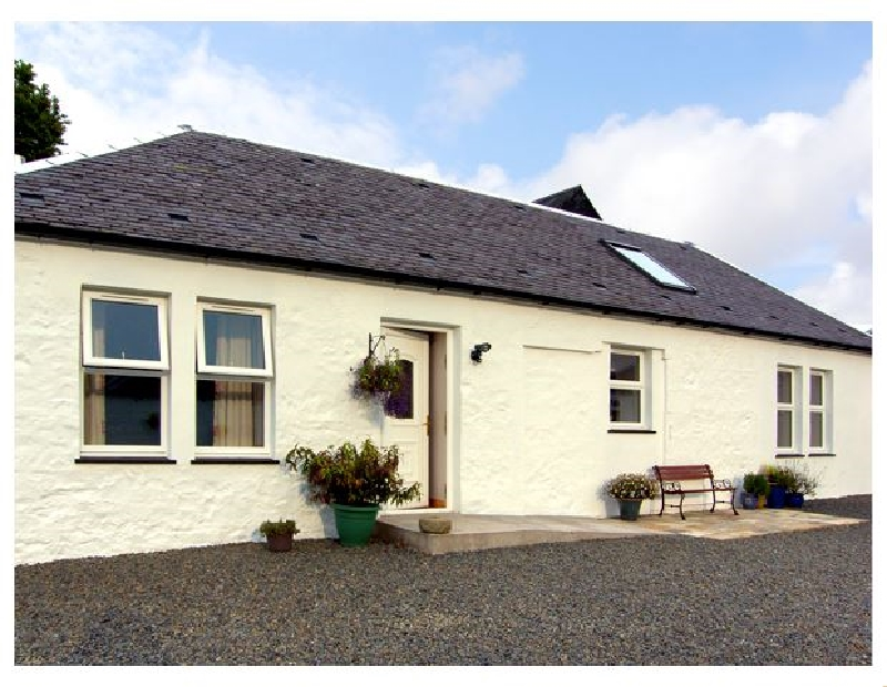 Darnhay Cottage a holiday cottage rental for 4 in Mauchline,