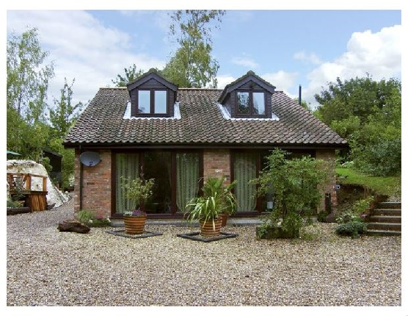 Quarryside a holiday cottage rental for 5 in Muckton Bottom,