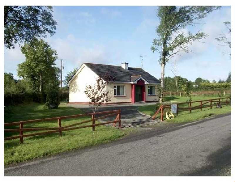 Cloon Fad a holiday cottage rental for 5 in Carrick-On-Shannon,