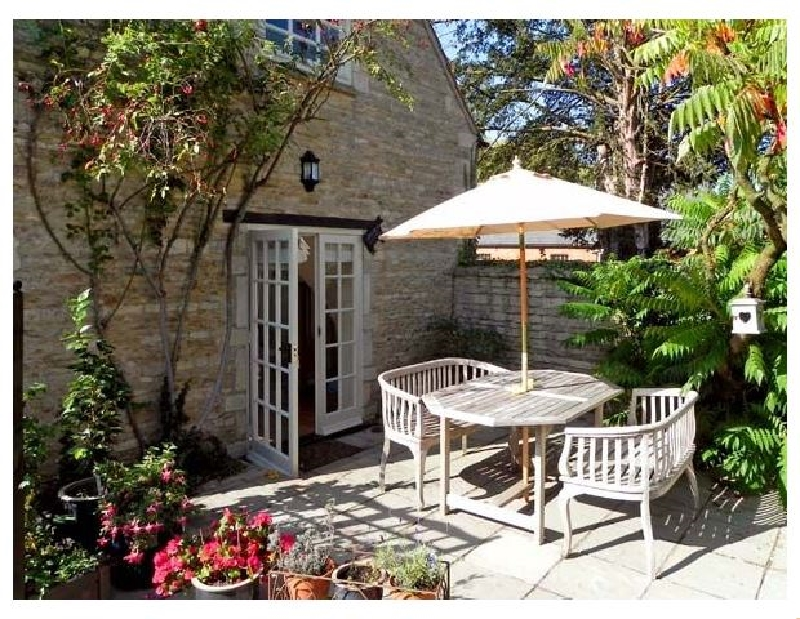 The Barn a holiday cottage rental for 2 in Glinton,