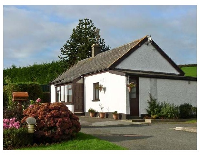 Silver Strand Cottage a holiday cottage rental for 6 in Wicklow Town,