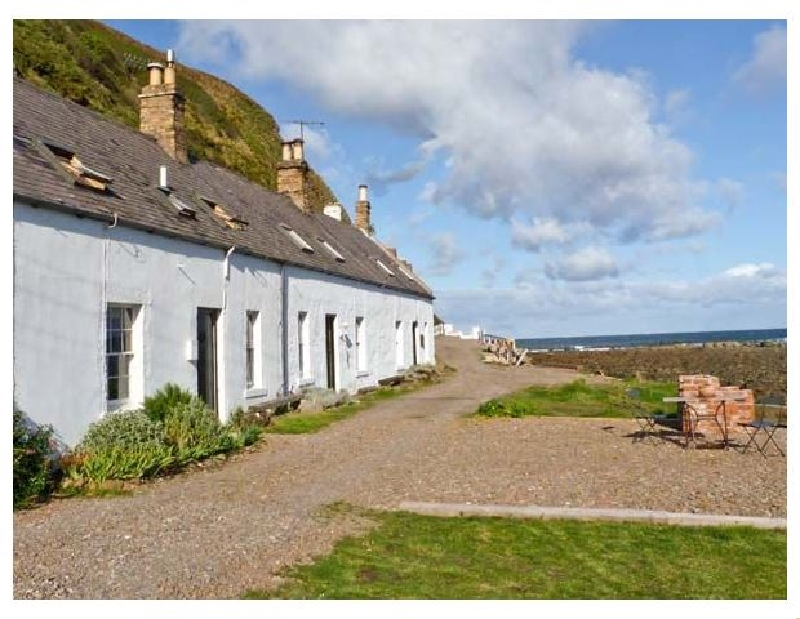 Shoreside Cottage a holiday cottage rental for 5 in Burnmouth,