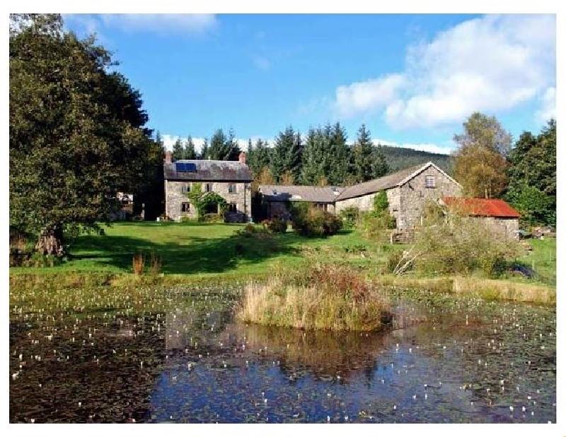 Cwm Bedw Farmhouse a holiday cottage rental for 5 in Abbeycwmhir,