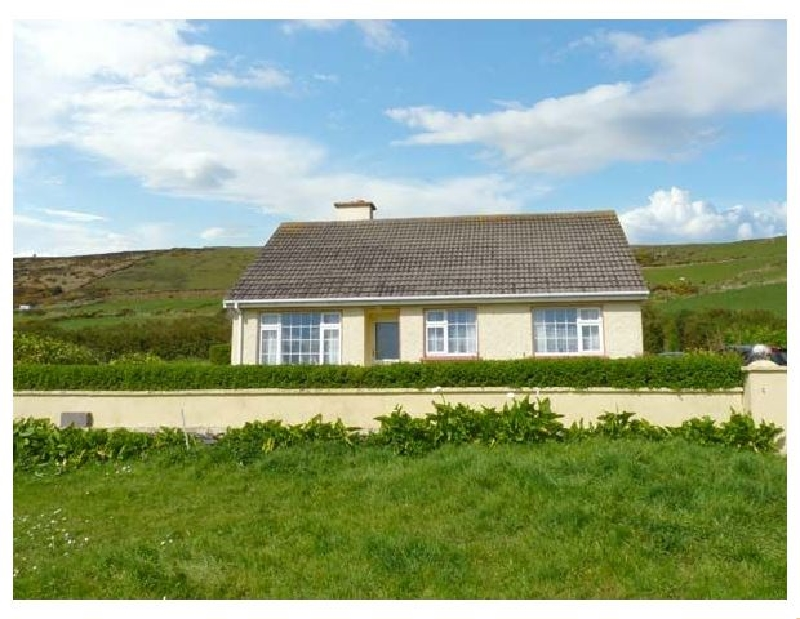 St Finian's Bay Cottage a holiday cottage rental for 6 in Ballinskelligs,