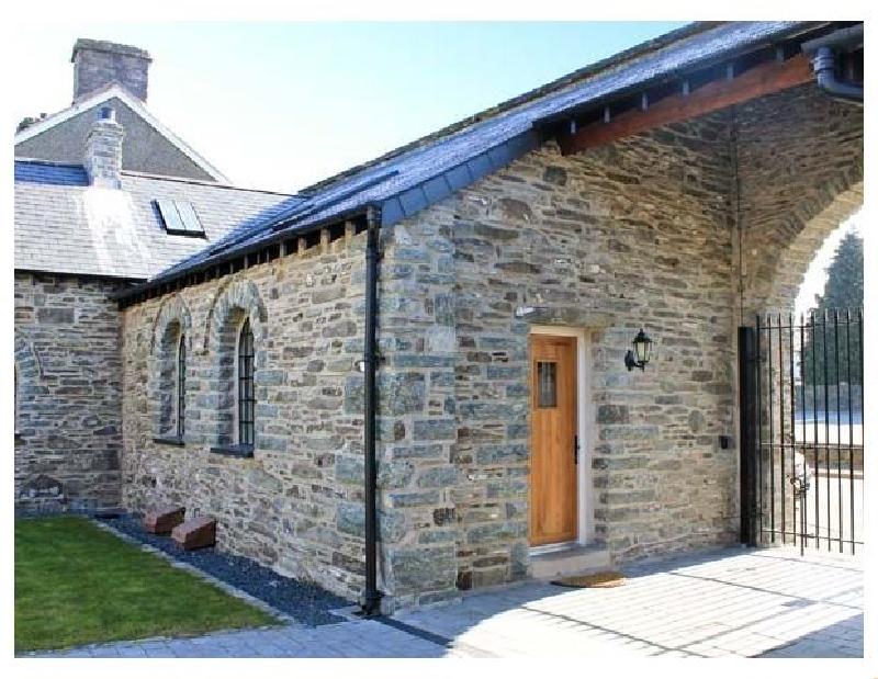 4 Bythynnod yr Aran a holiday cottage rental for 2 in Bala,