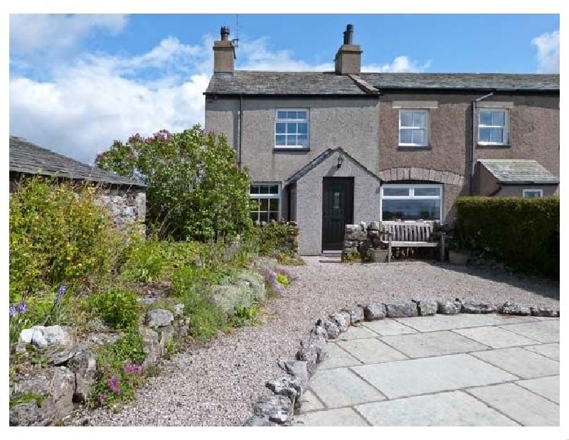 Pye Hall Cottage a holiday cottage rental for 4 in Silverdale,