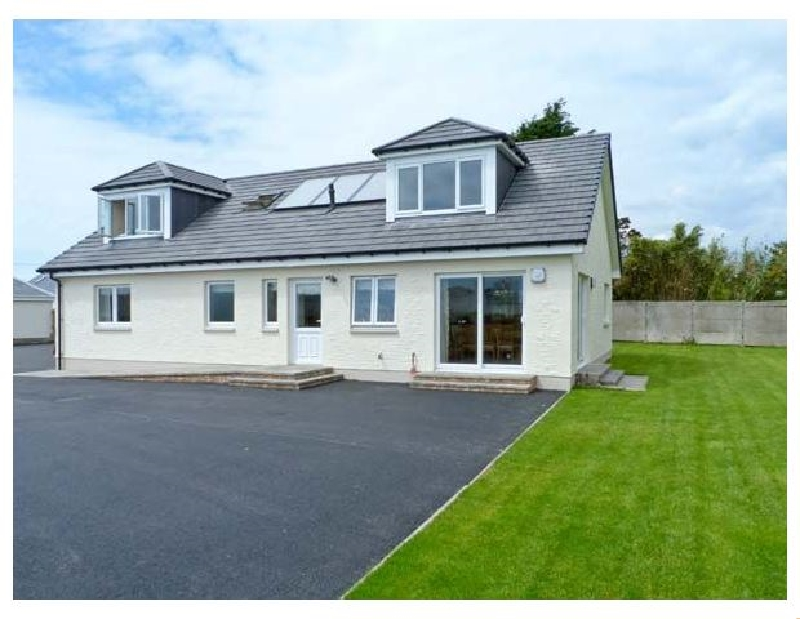 The Quare Place a holiday cottage rental for 8 in Southerness,