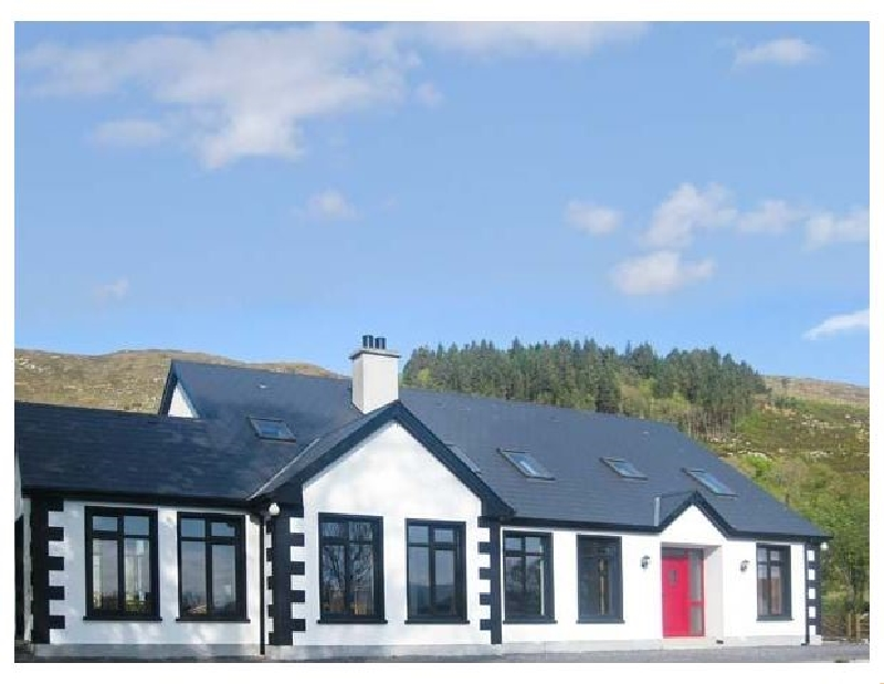 Cloonaquinn a holiday cottage rental for 17 in Manorhamilton,