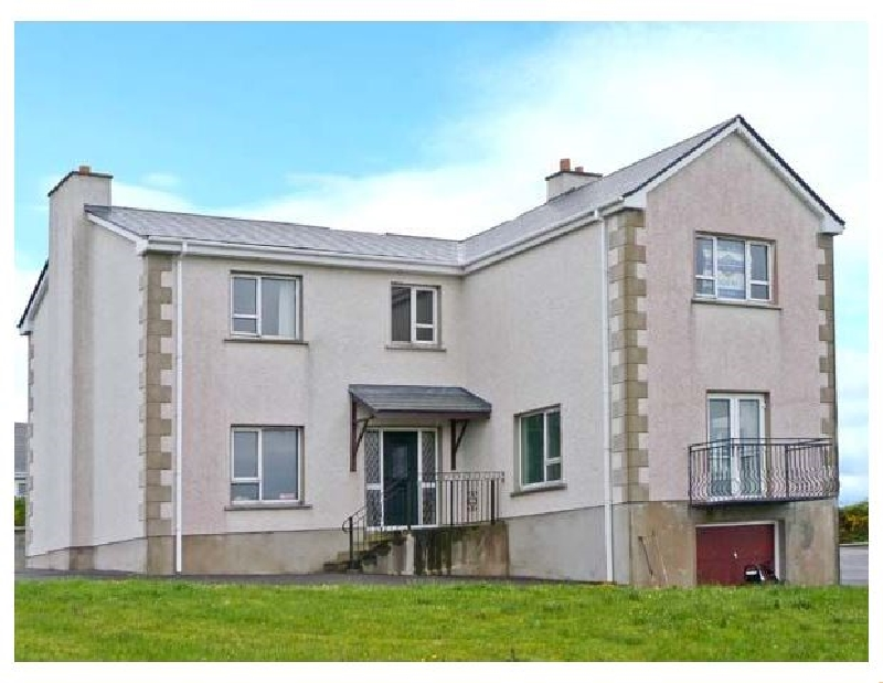 Stranacorcoragh a holiday cottage rental for 11 in Derrybeg,